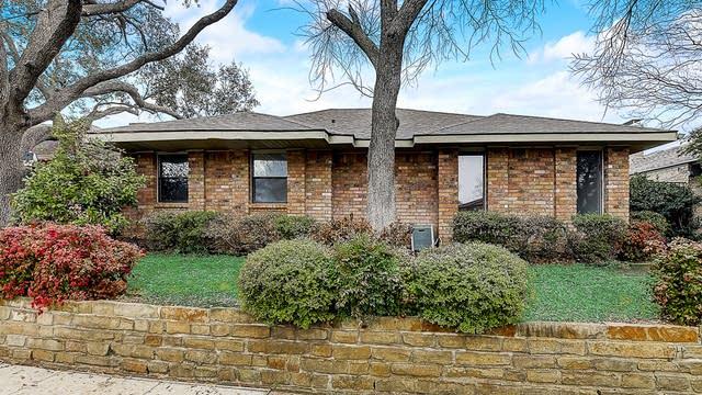 Photo 1 of 39 - 1229 Whispering Oaks Ln, Richardson, TX 75081