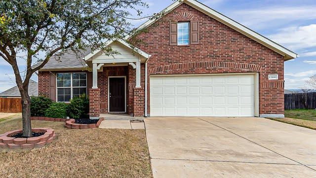 Photo 1 of 22 - 13100 Red Robin Dr, Fort Worth, TX 76244