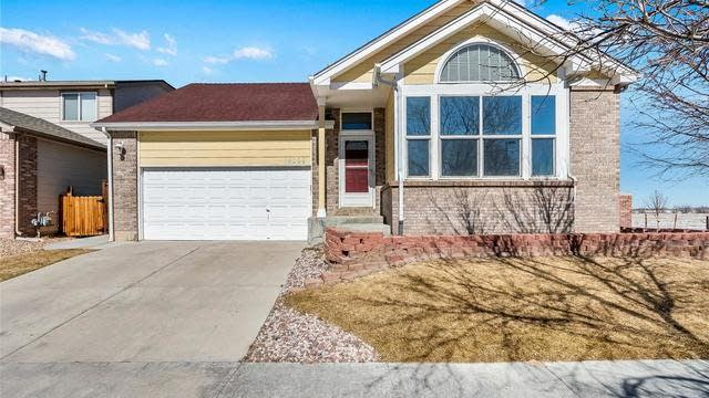 Photo 1 of 17 - 14099 E 106th Ave, Commerce City, CO 80022