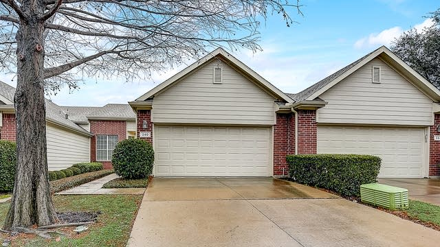 Photo 1 of 33 - 240 Bexar Dr, Lewisville, TX 75067