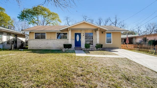 Photo 1 of 27 - 5706 Bienville Dr, San Antonio, TX 78233