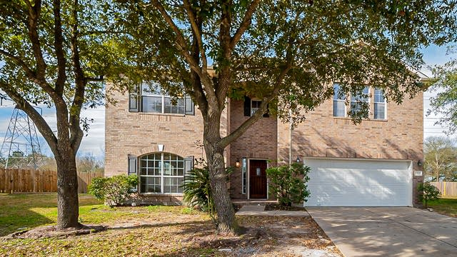 Photo 1 of 41 - 1343 Coppermeade Dr, Houston, TX 77067