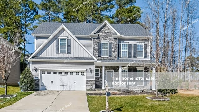 Photo 1 of 27 - 1029 Lukestone Dr, Fuquay Varina, NC 27526