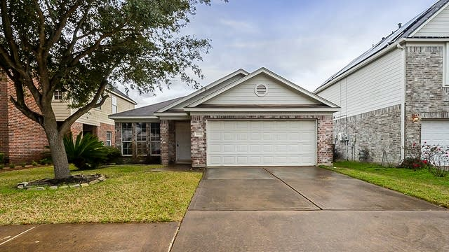 Photo 1 of 23 - 15431 Hickory Dale St, Cypress, TX 77429