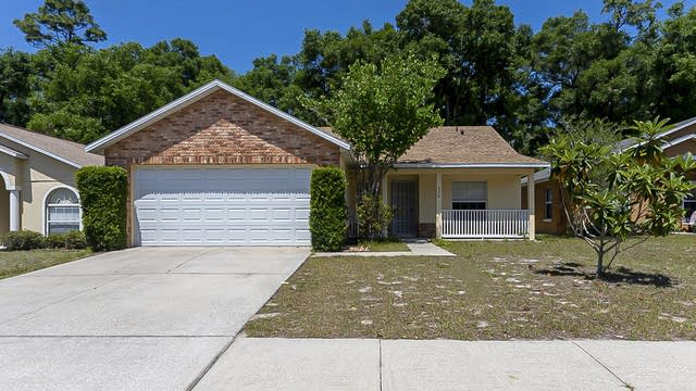 Photo 1 of 26 - 335 Heritage Estates Ln, Deland, FL 32720