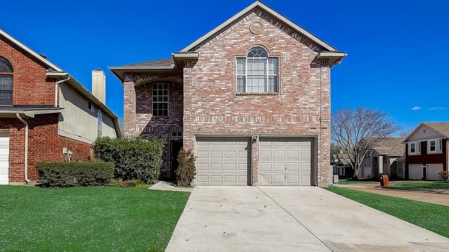 Photo 1 of 41 - 6800 Hickory Crk, Plano, TX 75023