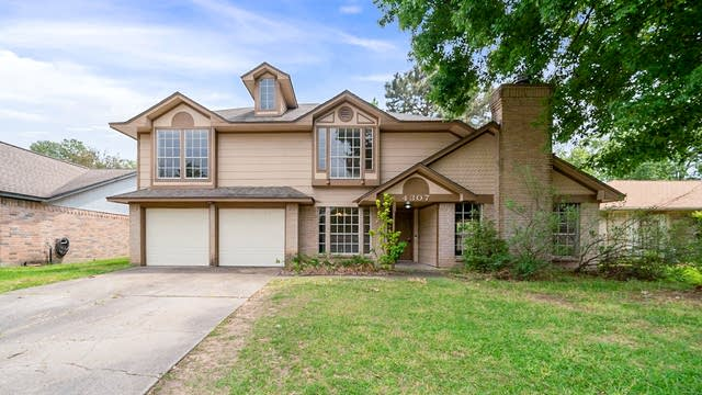 Photo 1 of 35 - 4307 Spinks Creek Ln, Spring, TX 77388