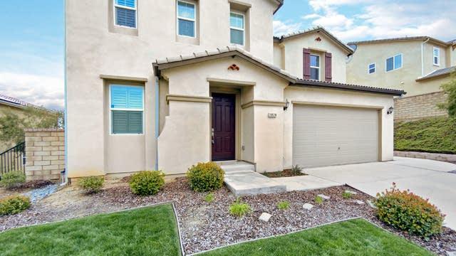 Photo 1 of 26 - 20528 Suzie Ln, Santa Clarita, CA 91350