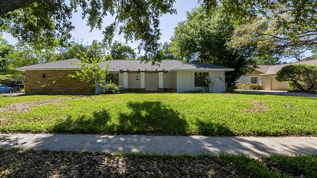 Photo 1 of 33 - 1104 Ermine Ave, Winter Springs, FL 32708