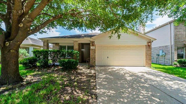 Photo 1 of 35 - 7307 Wisteria Chase Pl, Humble, TX 77346