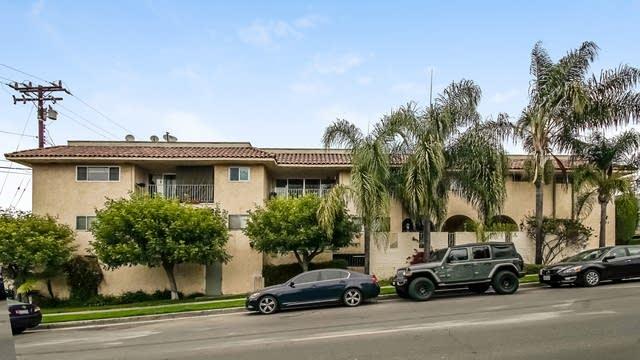 Photo 1 of 27 - 6771 Springpark Ave #109, Los Angeles, CA 90056
