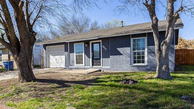 Photo 1 of 17 - 2615 Gibbens St, San Antonio, TX 78224