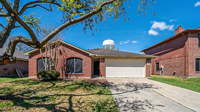 Photo 1 of 35 - 15035 Elstree Dr, Channelview, TX 77530