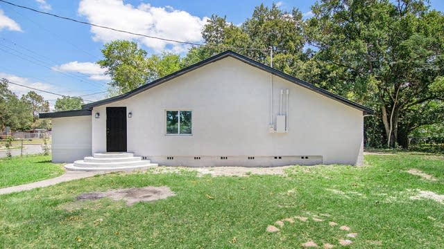 Photo 1 of 17 - 1622 Wayman St, Lakeland, FL 33815