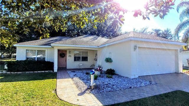 Photo 1 of 25 - 505 Chula Vista Ave, Lady Lake, FL 32159