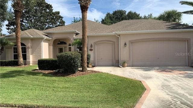Photo 1 of 16 - 2019 Allende Ave, Lady Lake, FL 32159