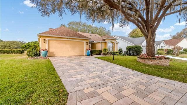 Photo 1 of 44 - 316 Del Mar Dr, Lady Lake, FL 32159