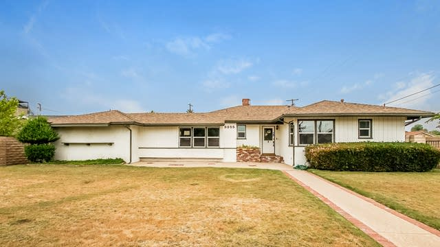 Photo 1 of 27 - 8855 Balboa Blvd, Los Angeles, CA 91325