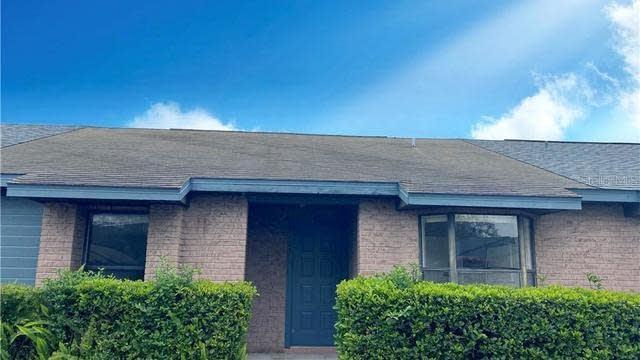 Photo 1 of 7 - 2405 King Oak Ct, Saint Cloud, FL 34769