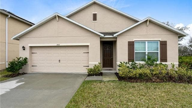 Photo 1 of 19 - 1866 Hickory Bluff Rd, Kindred, FL 34744