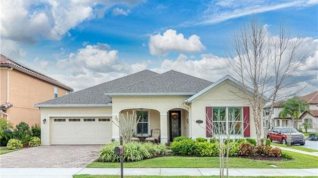 Photo 1 of 37 - 8967 Lookout Pointe Dr, Windermere, FL 34786