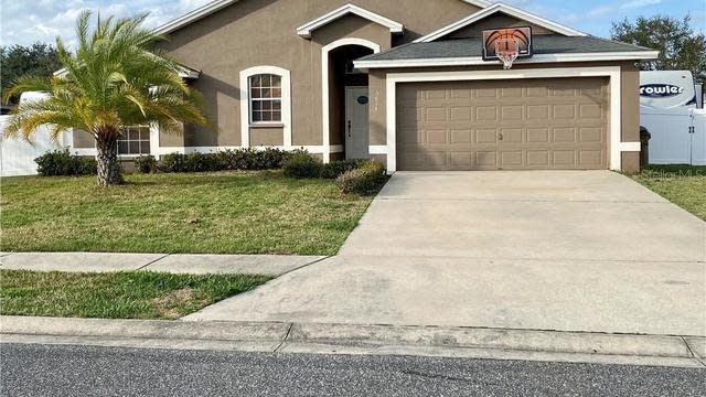 Photo 1 of 32 - 5614 Great Egret Dr, Leesburg, FL 34748