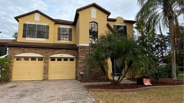 Photo 1 of 28 - 9897 Lake District Ln, Orlando, FL 32832