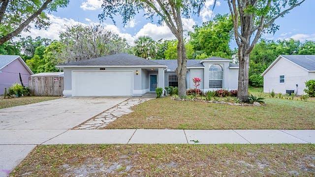 Photo 1 of 28 - 1370 Hensley Dr, Deland, FL 32724
