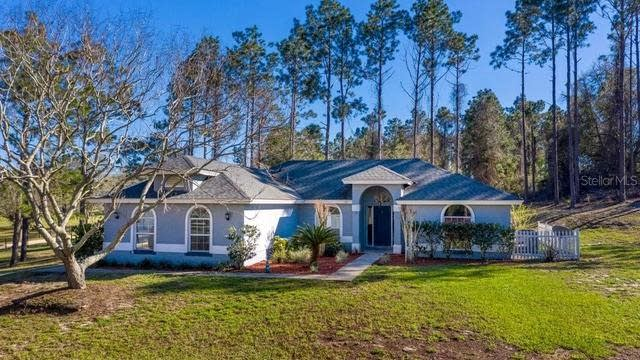 Photo 1 of 29 - 8710 W Libby Rd, Groveland, FL 34736