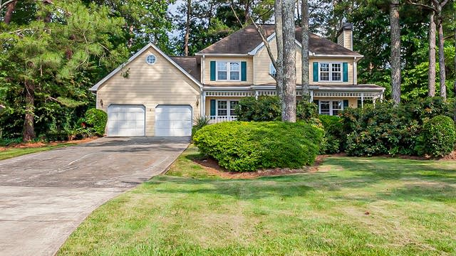 Photo 1 of 29 - 4531 Windsor Oaks Ct, Marietta, GA 30066