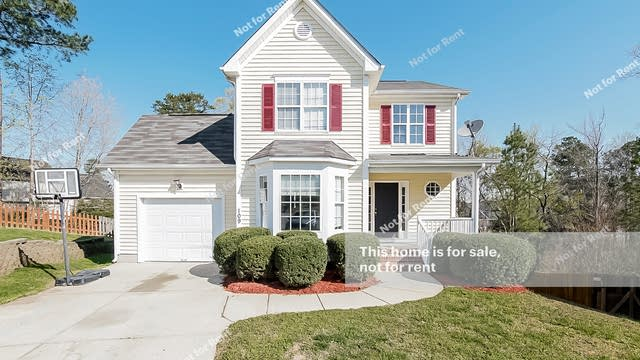 Photo 1 of 27 - 109 Tyler Gate Ln, Holly Springs, NC 27540