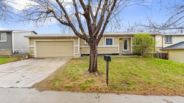 Photo 1 of 17 - 2773 S Pitkin St, Aurora, CO 80013