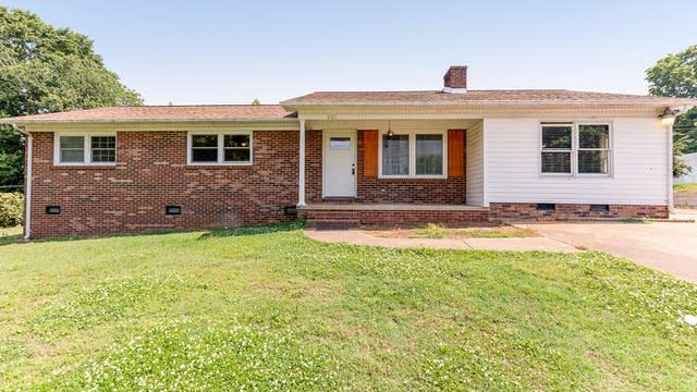 Photo 1 of 22 - 1616 Home Trl, Lincolnton, NC 28092