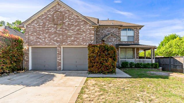 Photo 1 of 26 - 4700 Misty Ridge Dr, Fort Worth, TX 76137
