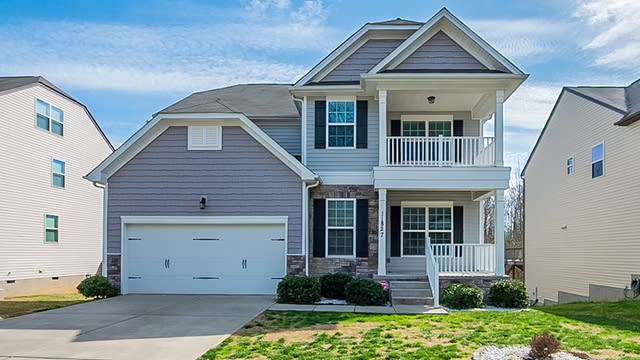 Photo 1 of 27 - 11827 Springpoint Ln, Charlotte, NC 28278