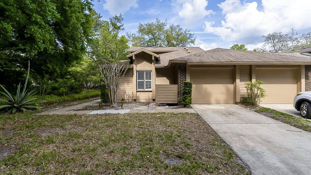 Photo 1 of 26 - 621 Albany Ct, Longwood, FL 32779