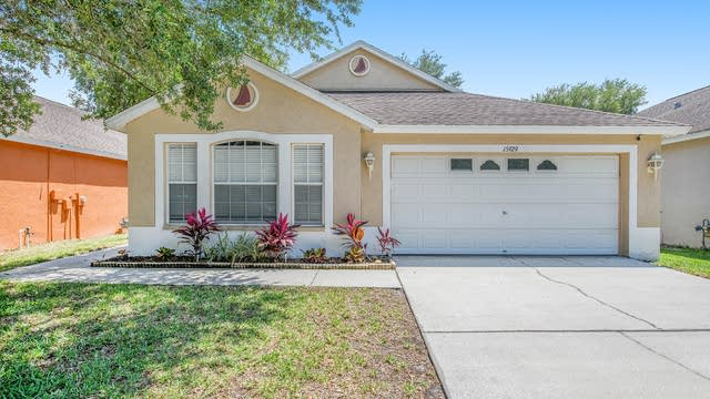 Photo 1 of 19 - 15929 Stags Leap Dr, Lutz, FL 33559