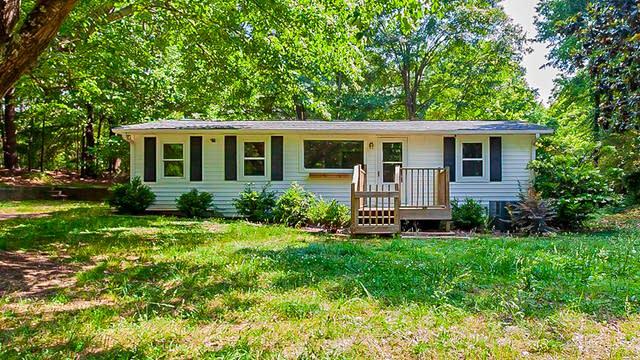 Photo 1 of 20 - 1319 Mary Carter Rd, Auburn, GA 30011