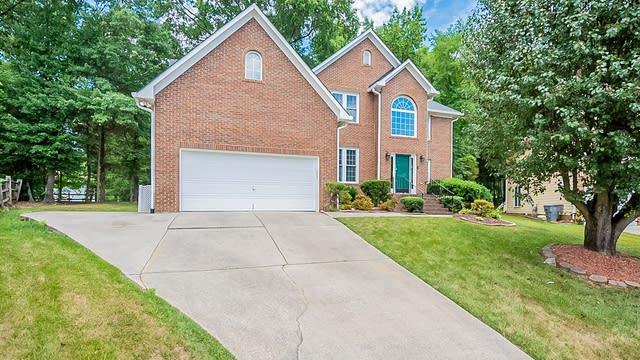 Photo 1 of 23 - 12604 Wetherburn Ln, Charlotte, NC 28262