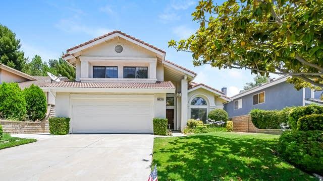 Photo 1 of 27 - 21825 Jeffers Ln, Santa Clarita, CA 91350