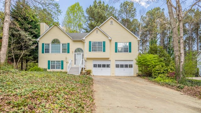Photo 1 of 21 - 160 N Springs Ct, Acworth, GA 30101