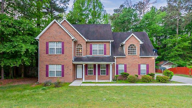 Photo 1 of 32 - 511 Cypress Estates Cv, Jonesboro, GA 30238