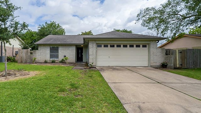 Photo 1 of 28 - 2514 Knoxville Dr, League City, TX 77573