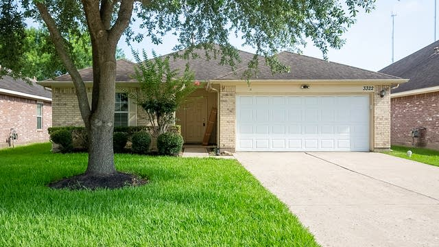 Photo 1 of 23 - 3322 Oaklawn Place Dr, Missouri City, TX 77459