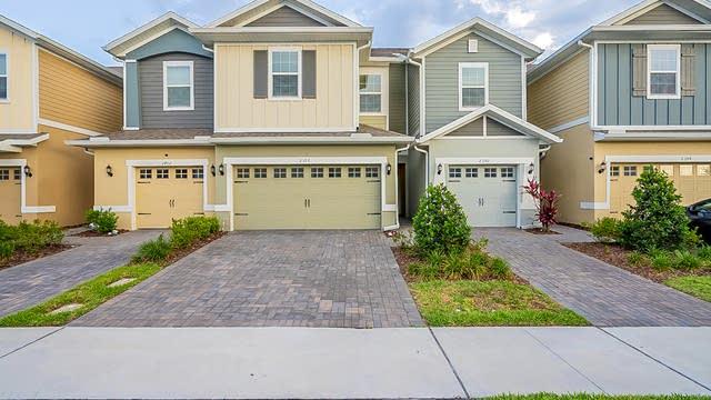 Photo 1 of 25 - 2396 Sedge Grass Way, Orlando, FL 32824