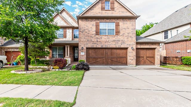 Photo 1 of 34 - 1040 Pinehurst Dr, Rockwall, TX 75087