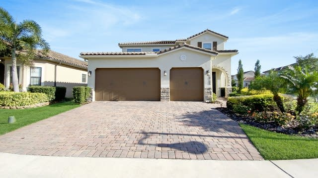 Photo 1 of 24 - 10106 Henbury St, Orlando, FL 32832