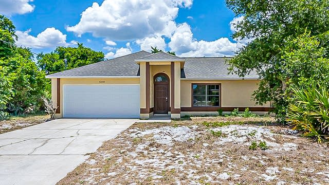 Photo 1 of 29 - 3278 Croton Ave, Deltona, FL 32738