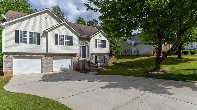 Photo 1 of 32 - 90 Cedarhurst Rd, Lawrenceville, GA 30045