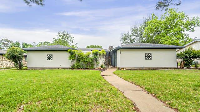 Photo 1 of 19 - 317 W Pleasantview Dr, Hurst, TX 76054